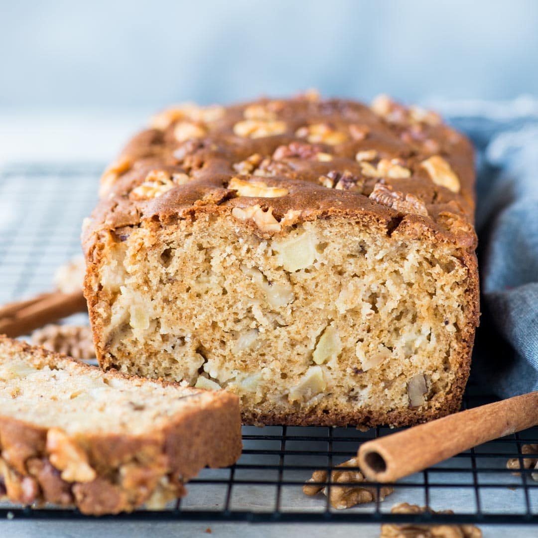 Moist Apple Cake chunks of fresh apple, walnut isa perfectcake with your afternoon tea. With a hint of cinnamon, this cake has tender crumbs and chunks of apple in every bite.