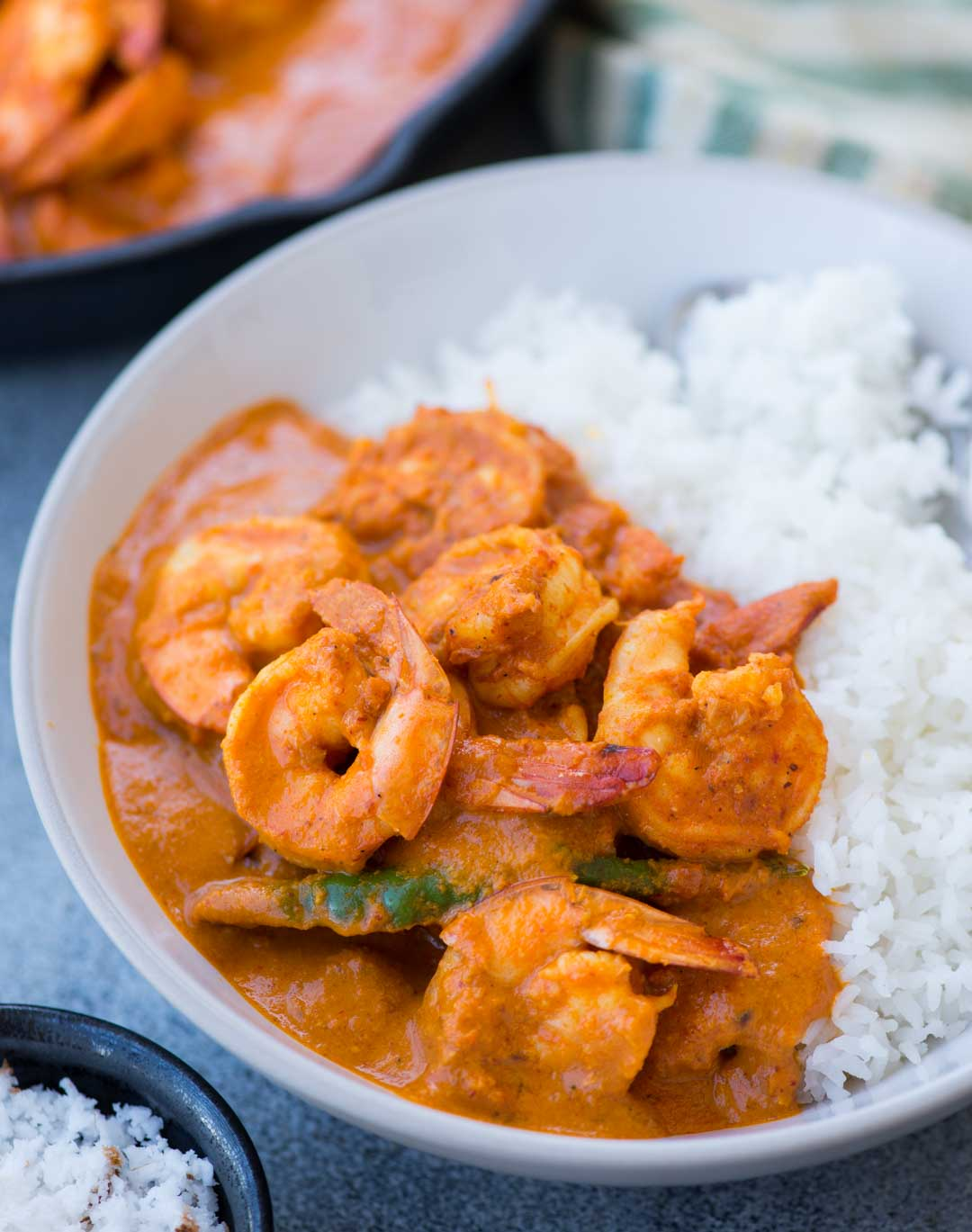 Prawns cooked in a spicy and tangy coconut based gravy. Goan Prawn curry is quite popular in the Western part of India. It goes very well with steamed white rice.