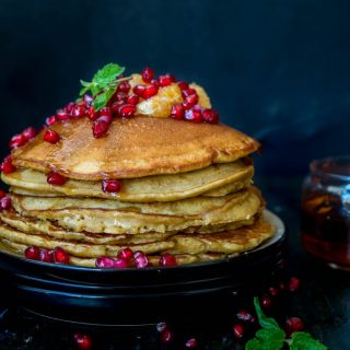 Soft and fluffy, these Gingerbread pancakes are just delicious. It tastes just like your favourite Gingerbread Men Cookies but in pancake form.