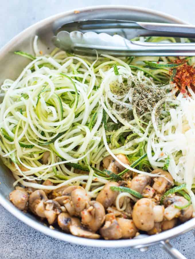 Garlic Parmesan Mushroom Zoodles