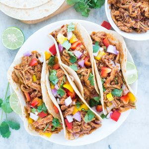 Slow Cooker Honey Chipotle Chicken Tacos