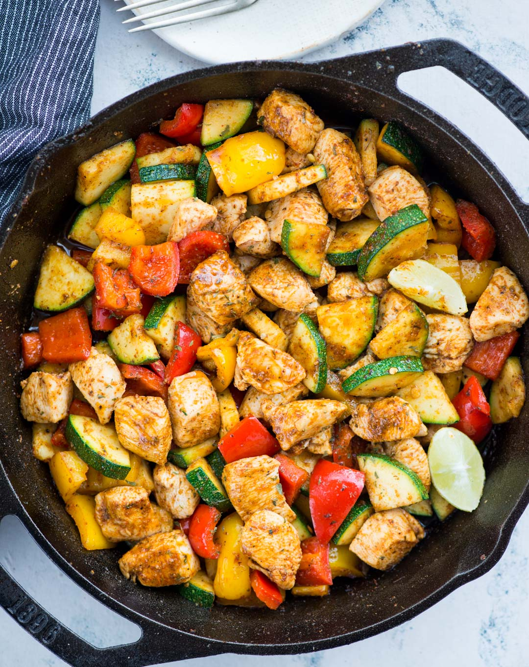 Cajun Chicken with vegetables is a smokey flavoured one-skillet meal, that is healthy and nutritious. Takes only 15 minutes to make and a perfect busy day dinner for the family.