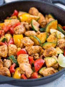 Cajun Chicken with vegetables is a smokey, flavourful one-skillet meal, with juicy chicken and lots of vegetables. Takes only 15 minutes to make and a perfect busy day dinner for the family.