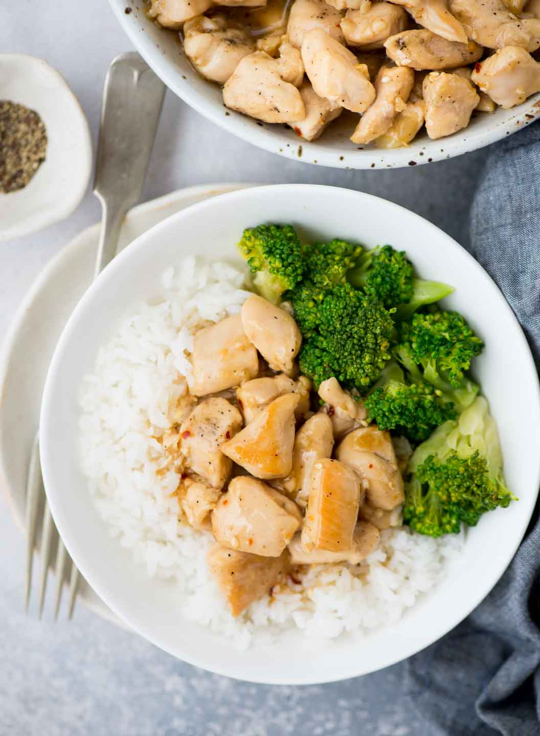 Honey Lemon Chicken,Tender Chicken coated with a zesty honey lemon sauce is really quick to make and is healthier than the regular version and also takes less than 15 mins to make.