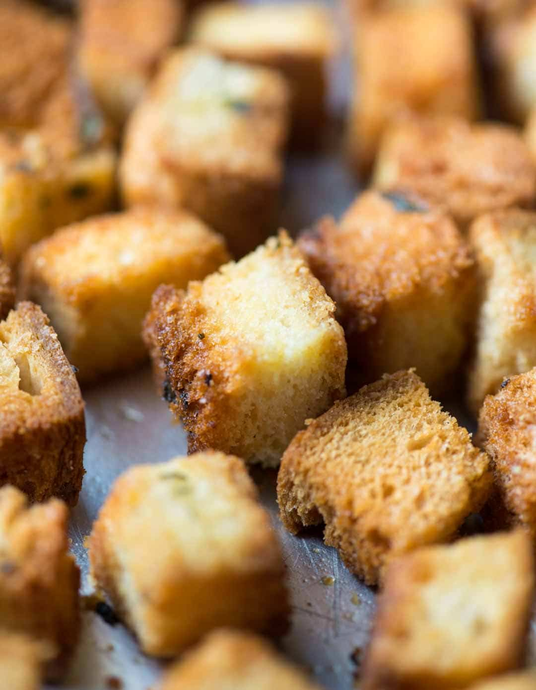 These buttery Crunchy homemade croutons are going to be a game changer for your soups and salads. Easy to make, tastes amazing and can be made in different flavours.