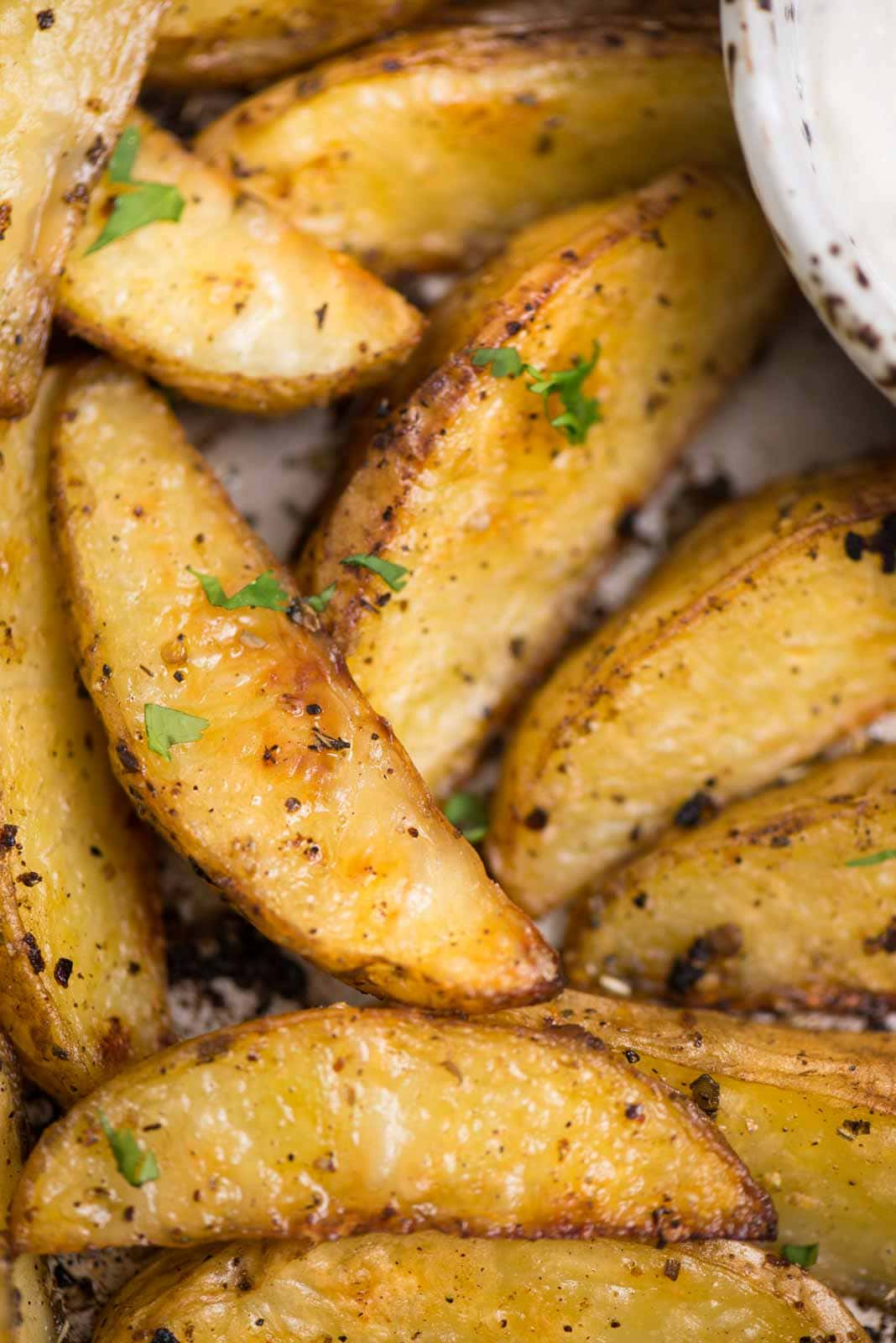 Crispy oven baked Greek potato wedges