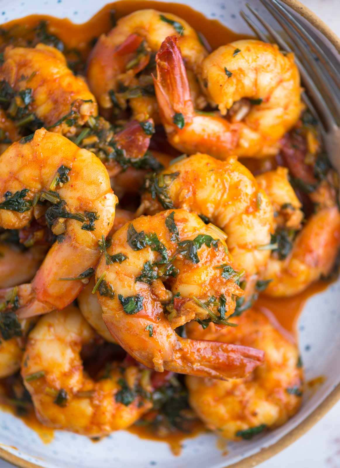 Shrimp and a few other pantry staples turned into this lip-smacking Chili Garlic Shrimp in less than 20 minutes. It is spicy, garlicky, and has loads of fresh cilantro.